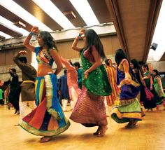 "Indian Student Organization hosts celebration of the goddess, Durga, at ""Raas Garba"" night (photo by Basil Sar) #SJSU"