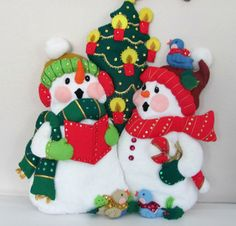 Vintage Christmas Snowman Felt Wall Hanging by ThirstyOwlVintage