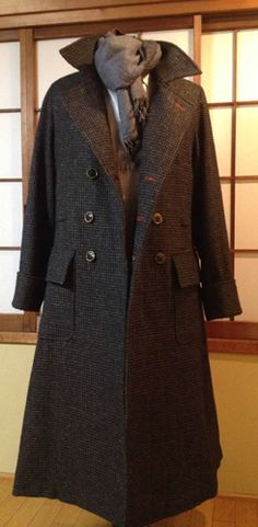 how-to on Sherlock's coat I WANT A SHERLOCK COAT WILL SOMEONE BUY ME A SHERLOCK COAT PLEASE