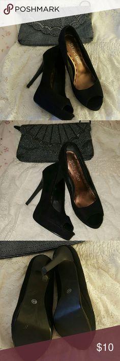 Black Peeptoe Platform Stiletto Heels Black 4 inch heels, good condition, great staple heel, peep toe. Shoes Heels