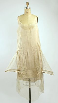 Court presentation ensemble (robe de style), slip. Boué Soeurs. 1928. Silk, metallic threads. MMA, C.I.68.48a–e.