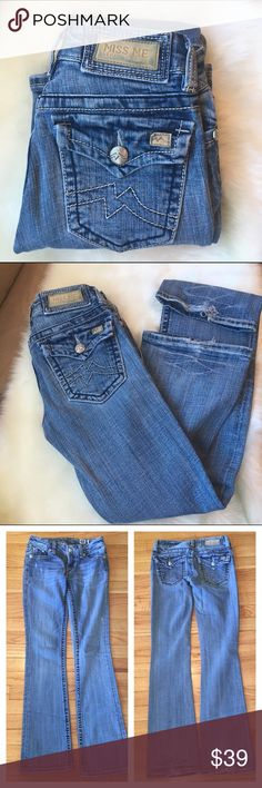 "Miss Me Stella Boot Flap Pocket Jeans Nice, worn look. Have some wear on back hems (as seen in photo 2), otherwise in EUC from smoke-free, pet-free home. Inseam is 31.5"" Length 39.5"" Front rise 7"" Back 12"" Ship same day if ordered by 10:00 CST. Bundle 3 and save 15% Miss Me Jeans Boot Cut"
