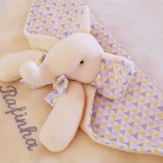 Chicas Lovebug Babero de bebé por Cuddles Collection