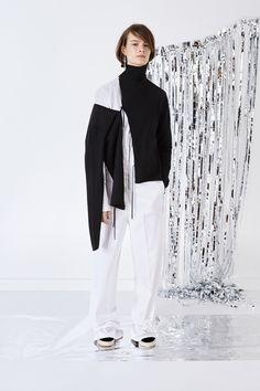 http://www.vogue.com/fashion-shows/pre-fall-2016/ports-1961/slideshow/collection