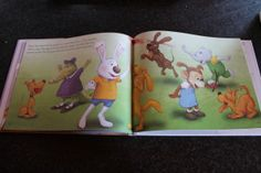"""Howard B. Wigglebottom Learns About Courage"" Book Review & Giveaway"