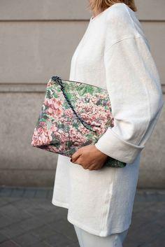 Pouch, bolso de mano, de algodón estampado Dalmatia. Hecho en España. Envíos 24-48h - ZUBI