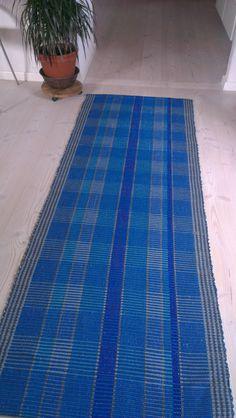 Vævet gulvtæppe