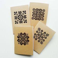 Ethnic Patterns, Bead Loom Patterns, Retro Pattern, Pattern Art, Croatian Tattoo, Folk, Bead Loom Bracelets, Knit Mittens, Knitting Charts