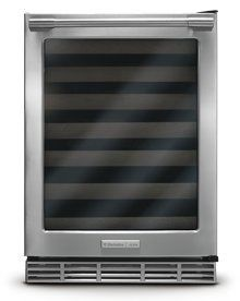 Browse the Electrolux ICON® Collection for your next kitchen appliances and laundry appliances. Find the best appliances for your home here. Laundry Appliances, Best Appliances, Small Appliances, Commercial Appliances, Wine Coolers Drinks, Expensive Wine, Home Kitchens, Stainless Steel, Counter