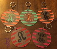 Items similar to Personalized Circle Pattern Keychain - Name - Initials - Chevron - Keychains - Script - Circle Block - Striped - Christmas - Appreciation on Etsy Keychain Design, Monogram Keychain, Monogram Stickers, Monogram Jewelry, Keychain Ideas, Cricut Tutorials, Cricut Ideas, New Car Accessories, Acrylic Keychains