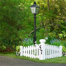 Driveway Entrance Idea A Curved Picket Fence Made Of Maintenence