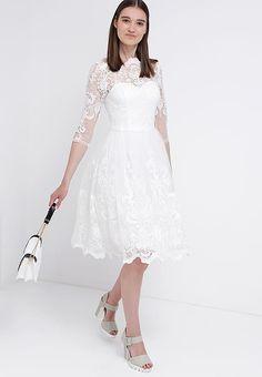 Chi Chi London Sukienka koktajlowa - white za 419 zł (07.12.16) zamów bezpłatnie na Zalando.pl.