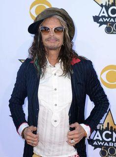 Aerosmith frontman Steven Tyler showed off some multi-colored locks on the red carpet.