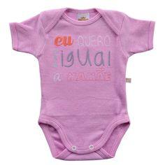 Desenvolvido em um lindo design e com tecido super macio e confortável, o Body Suedine Frase Mamãe Rosa - Best Club é ideal para deixar seu bebê com mais estilo e conforto no dia a dia ou nos momentos de passeios e diversão.