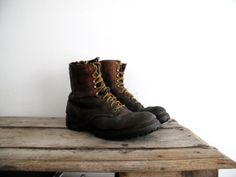 8e91bdbf2d58 Vintage Red Wing Boot Mens Size 11 Irish by SnapshotVintage