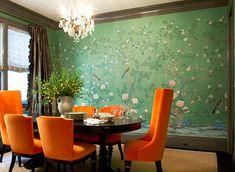 爱 Chinoiserie? Mais Qui! 爱 home decor in Chinese Chippendale style - green chinoiserie wallpaper with bright orange chairs in dining room