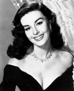 22 Ideas For Makeup Inspiration Glam Hollywood Glamour Hollywood Vintage, Old Hollywood Glamour, Golden Age Of Hollywood, Hollywood Stars, Classic Hollywood, Hollywood Glamour Photography, Glamour Vintage, Vintage Beauty, Look Retro