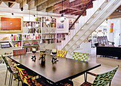 (via New York Design Hunting - A Greenwich Village Townhouse Designed by Galia Solomonoff — New York Magazine)