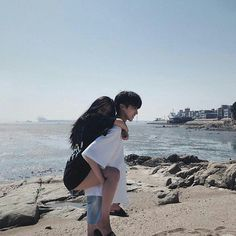 Find images and videos about couple, goals and boyfriend on We Heart It - the app to get lost in what you love. Ulzzang Korean Girl, Ulzzang Couple, Relationship Goals Pictures, Cute Relationships, Cute Couples Goals, Couple Goals, Korean Best Friends, Couple Aesthetic, Girl Couple