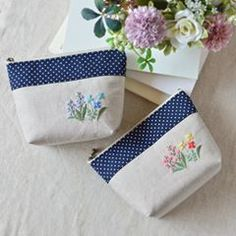 Spring pouch! . 春物ポーチ2つ! #ポーチ #pouch #刺繍 #embroidery