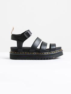 Womens V Balire Chunk 3 Strap Sandal in Black