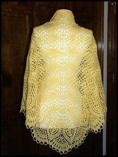 """Ostrich Plumes & Pineapples"" knit lace shawl in wool fingering weight yarn (pattern by Glenda F. Hunt)"