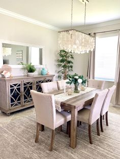 Dining Room Table Decor, Elegant Dining Room, Dining Room Walls, Dining Room Sets, Dining Room Design, Taupe Dining Room, Large Dining Rooms, Dining Room Decorating, Dining Room With Mirror