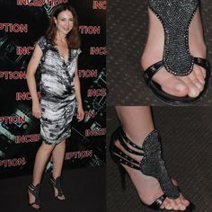 Celebrities are just people, and they suffer from bunions too. We present 40 ultra-famous women, all of whom unfortunately suffer from bunions. Chrissy Teigen Model, Iman Model, Rebecca Gayheart, Bunion Shoes, Tamera Mowry, Dame Helen, Walking In Heels, Victoria Beckham Style, Elsa