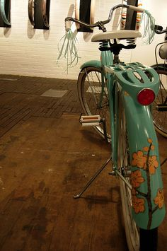 Custom Painted Bicycle by Amy Rice, via Flickr