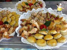 canapés, appetizer. variedad de canapés www.donpastel.com