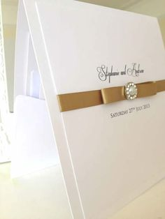 vintage gold and pearl pocket wedding invitations. www.els-design.com