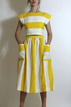 Vintage Circus Stripes Yellow White Dress Set Crop Top & Skirt Pockets Cutest striped top and skirt set – each piece is adorable on its own and together – they are a fabulous pair with the combination of horizontal Looks Style, Style Me, Yellow And White Dress, Yellow Blouse, Look Fashion, Womens Fashion, Dress Fashion, Petite Fashion, 70s Fashion
