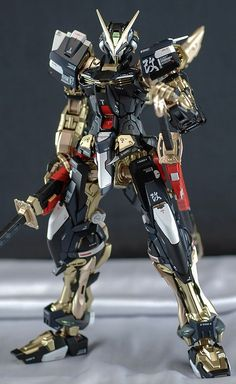 MG 1/100 Gundam Astray Red Frame - Painted Build     Images via Gunpla for Everyone