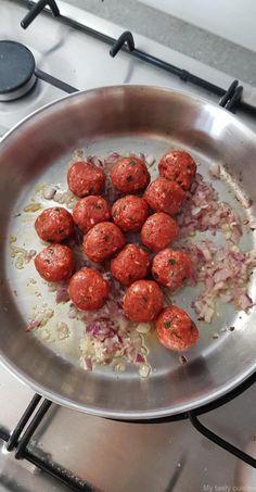 Tajine de viande hachée, petits pois et pommes de terre - My tasty cuisine Kitchen Diner Extension, Health Dinner, Ramadan Recipes, Gumbo, Food Truck, Tapas, Main Dishes, Dinner Recipes, Brunch