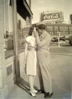 ~ circa found photo street man woman kissing vintage fashion style war era day casual dress shoes military suit Vintage Kiss, Vintage Couples, Vintage Romance, Vintage Love, Vintage Pictures, Old Pictures, Old Photos, Old Love, The Good Old Days
