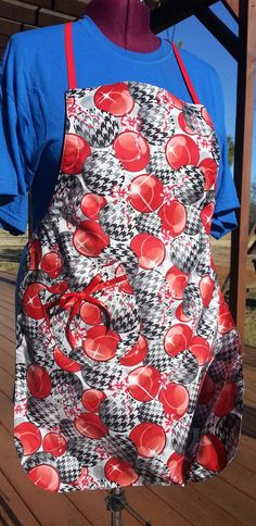 Hey, I found this really awesome Etsy listing at https://www.etsy.com/listing/215515494/fully-lined-womens-holiday-apron