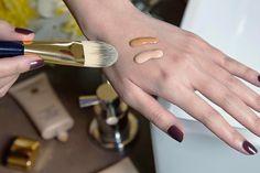 [Beauty Tips] – Fond de teint doré, rosé ou neutre…comment définir sa tonalité de peau ?! | BEAUTYLICIEUSE
