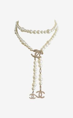 Chanel Pearl And Gold Necklace | VAUNTE