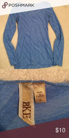 BKE long sleeve top Blue long sleeve top, bought at The Buckle. 65% polyester, 35% spandex BKE Tops