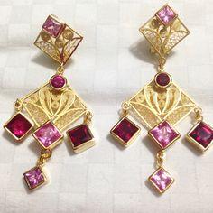 Aretes en filigrana hechos a mano Filigree Jewelry, Jewellery, 925 Silver, Silver Rings, Bracelets, Earrings, Ear Rings, Gold Plating, Quilling