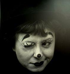 "the Italian actress (& wife of Federico Fellini) Giulietta Masina in Fellini's ""La Strada"" via filmmaker IQ Cinema Video, Films Cinema, Movie Theater, I Movie, Movie Stars, Clowns, Laurence Anyways, Living Puppets, Dark Side"