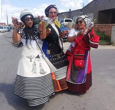 Traditional African Clothing, Traditional Styles, Traditional Clothes, Xhosa Attire, African Attire, African Wear, African Dresses For Women, African Fashion Dresses, Traditional Wedding Attire