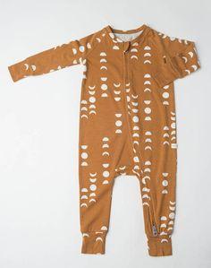 Boho Baby Clothes, Gender Neutral Baby Clothes, Unisex Baby Clothes, Modern Baby Clothes, Organic Baby Clothes, Cute Baby Boy Clothes, Cute Baby Boy Outfits, Neutral Outfit, Coton Biologique