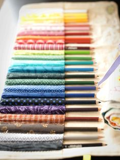 Thimbleanna: Pencil Rolls love, love that she used fabric to match the pencil colors