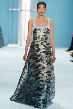 I love this print -- it almost looks textured. A fabulous, adventurous pick for evening. Carolina Herrera - Fall 2015 Ready-to-Wear