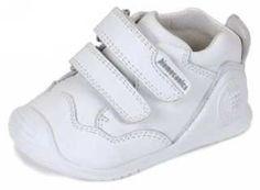 Garvalin en coralkids - Otoño | Invierno 2014 Wedges, Sneakers, Shoes, Fashion, Fall Winter 2014, Footwear, Tennis, Moda, Slippers