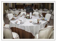 Nuestro salón del Restaurante Cascada en el Camping Ría de Arosa II, con capacidad para 200 comensales.