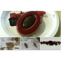 """La preparazione de """"il matrimonio di cioccolato e lamponi"""" by Ernst Knam  @fuudly @ernstknam @salepepe_it"""