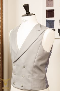Handmade silver-grey 6-button double breasted waistcoat with peak lapels.9