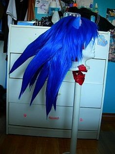Sonic the Hedgehog - Sonic the Hedgehog cosplay by TheWestWind Sonic The Hedgehog Costume, Sonic Costume, Cool Costumes, Halloween Costumes, Costume Ideas, Rouge The Bat, Cosplay Makeup, Emo Goth, Famous Last Words
